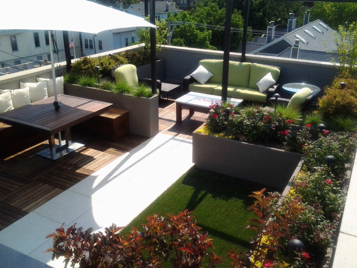 Porcelain Pavers and Ipe Structural Panels on Roof Top 2