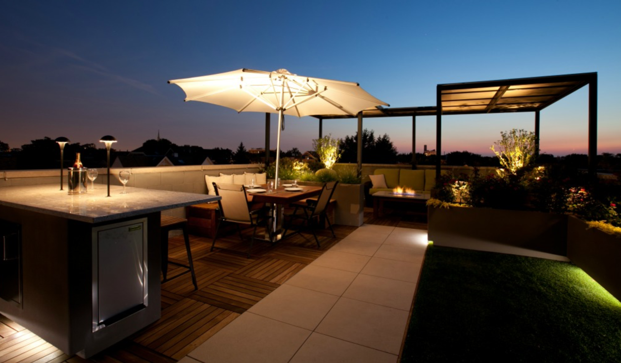 Porcelain Pavers and Ipe Structural Panels on Roof Top 3